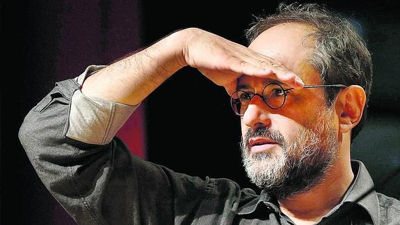 Antoni Baños és un independent del partit i tampoc hi milita.