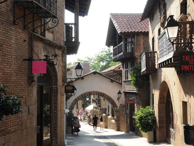 El Poble Espanyol reprodueix un poble ibèric