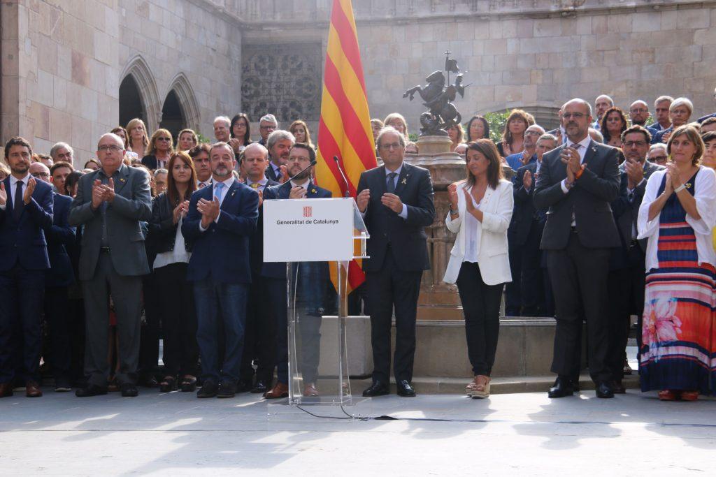 Quim Torra al pati dels tarongers república catalana