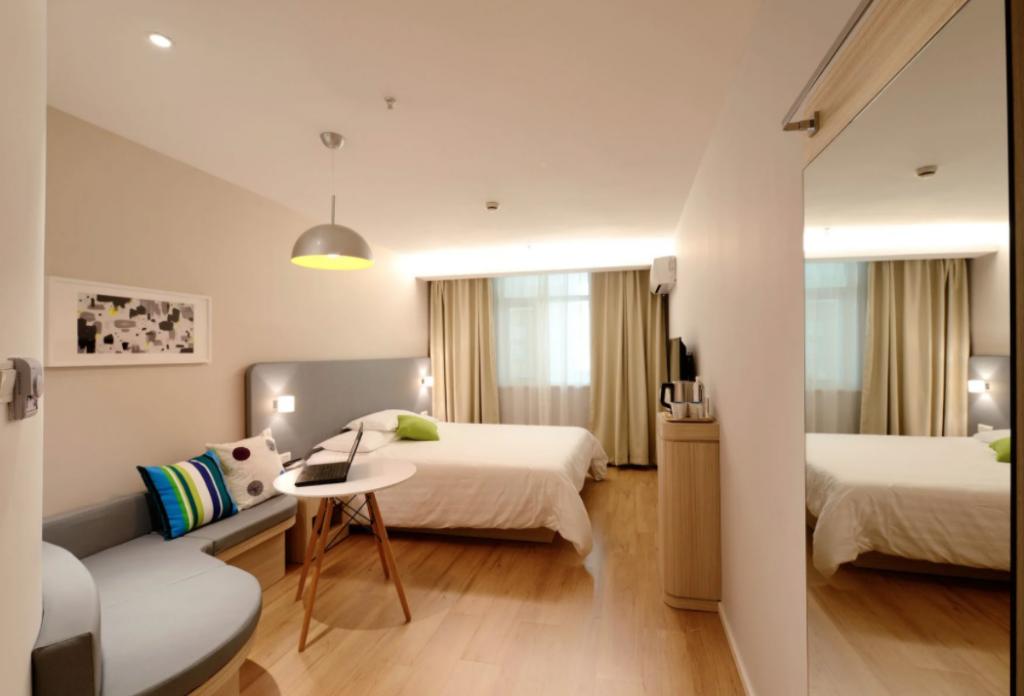 hoteler